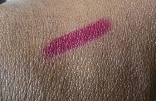 November Birchbox Swatch.jpg